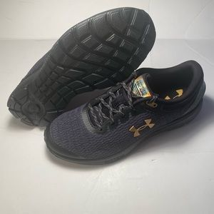 Under Armour Charged Escape 3 Black Gold